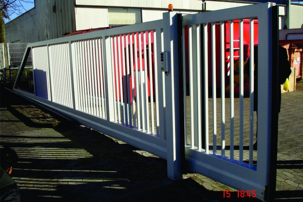 3 CANTILEVER Sliding GATE