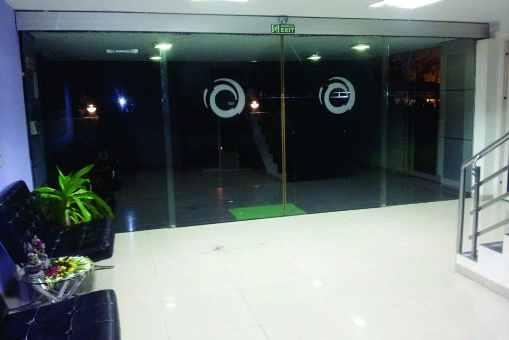 AUTOMATIC GLASS DOOR-Alstom Door