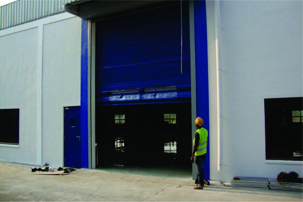Fold-Up Door-2